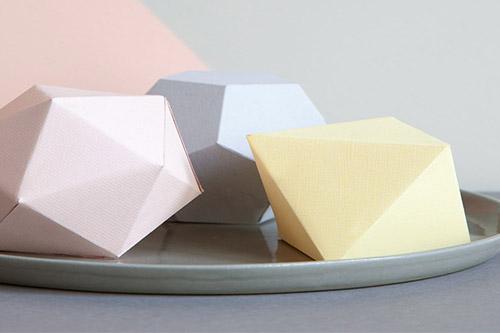 cube-geometrique-pastel