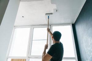 Peinture éco-responsable et économies d'énergie dans un logement