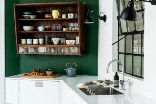 Couleur Vert Sapin sur le mur de la cuisine
